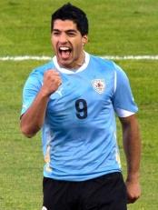 Luis_Suárez_vs._Netherlands_(cropped)